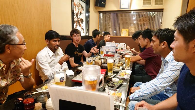 宇治田原優駿ステーブルのスタッフと納涼会